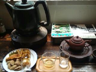 色んなお茶をお味見.jpg
